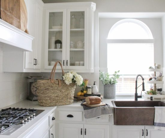 white farmhouse kitchen painted in intense white by benjamin morre