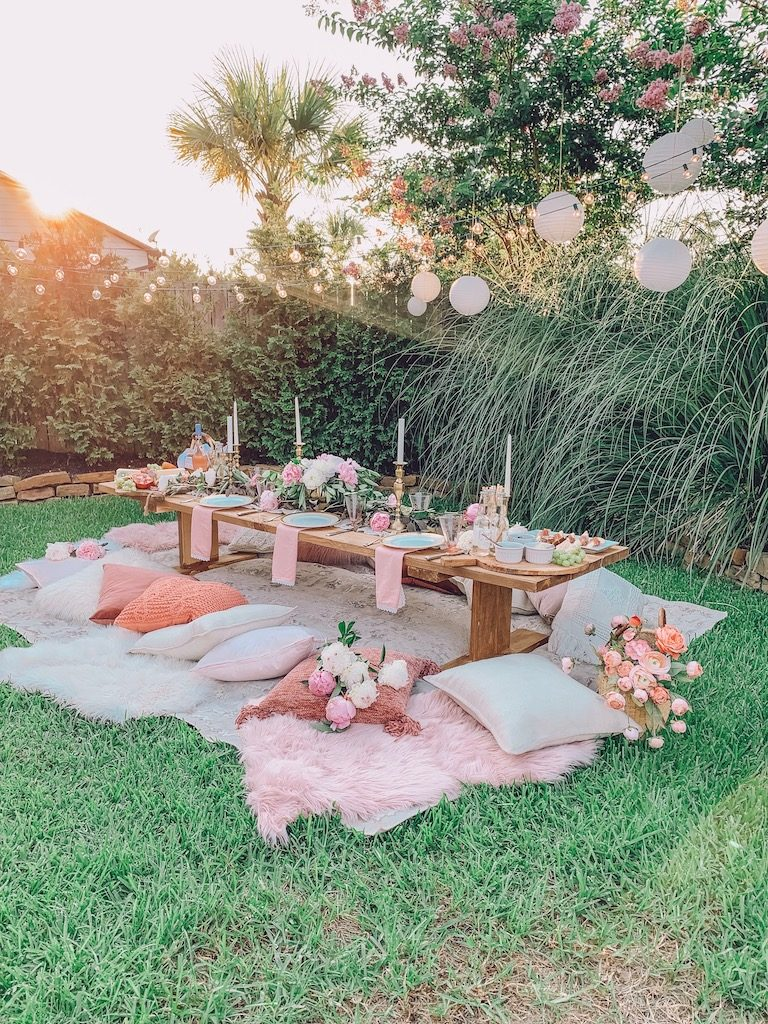 outdoor summer tablescape with paper lanterns