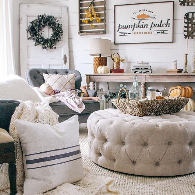 neutral fall decor sitting room