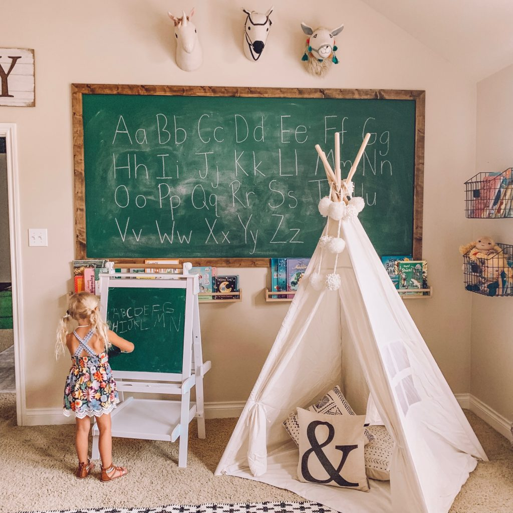 kids playroom homeschool idea