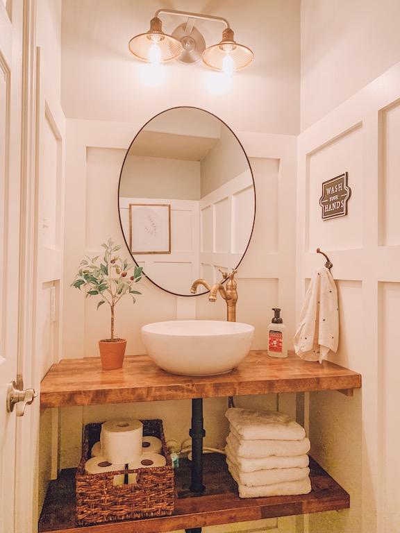 farnhouse style small bathroom refresh