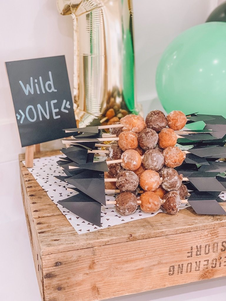 donut hole arrows