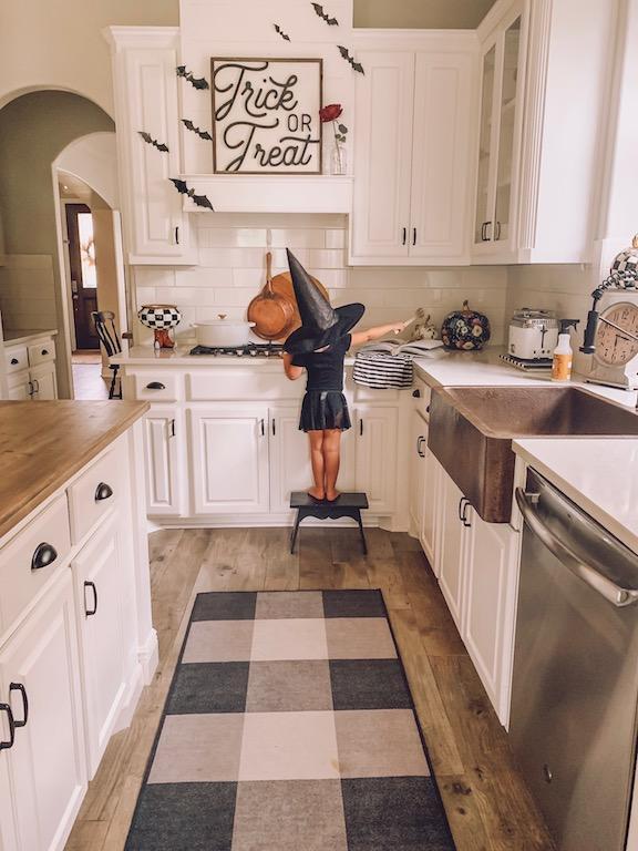 Easy Halloween Home Decor Ideas Life By Leanna