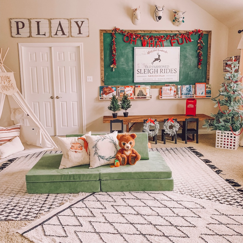 christmas playroom decor