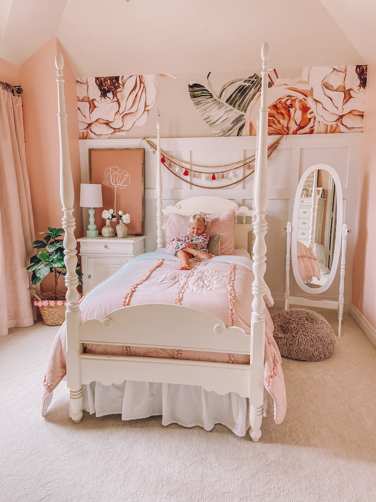 little girl room floral wallpaper