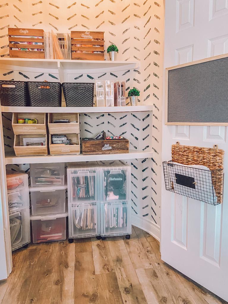 office closet organzation