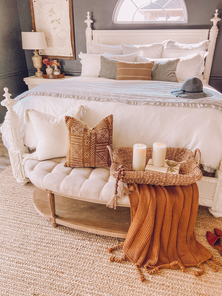 fall bedroom decor