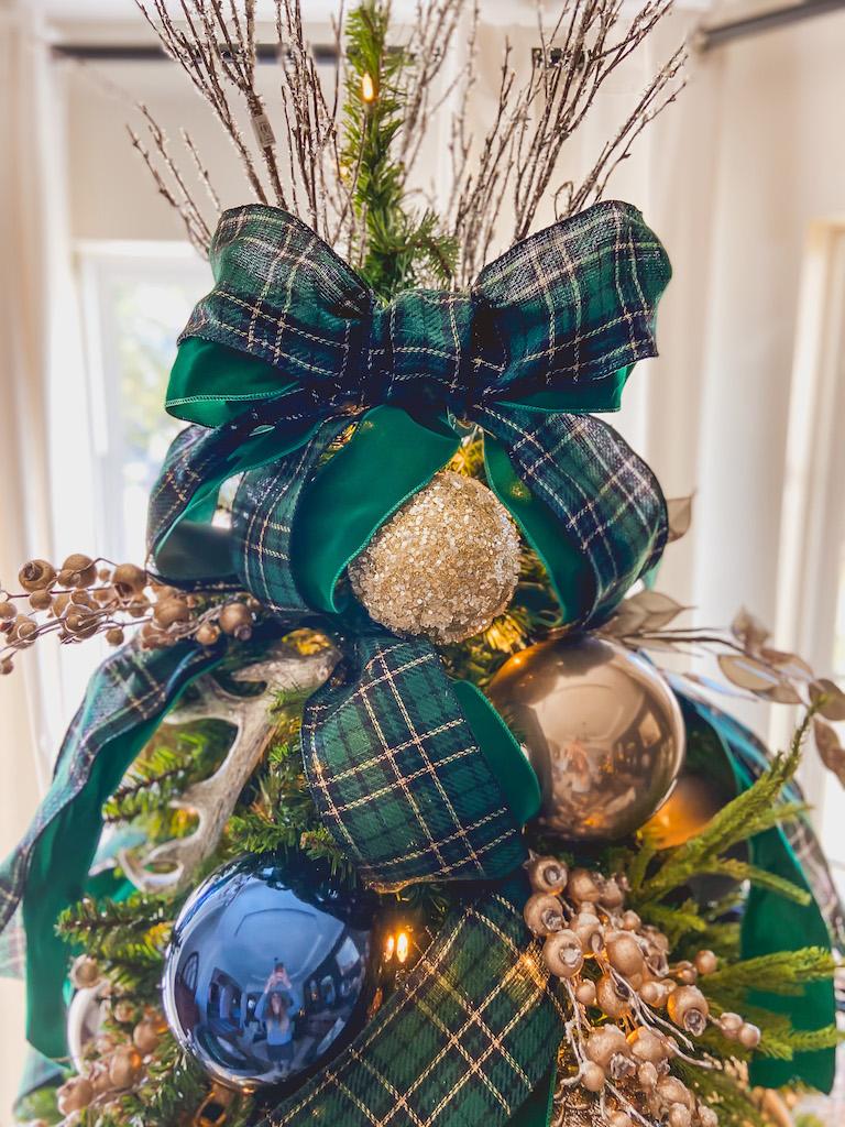 christmas bow topper idea