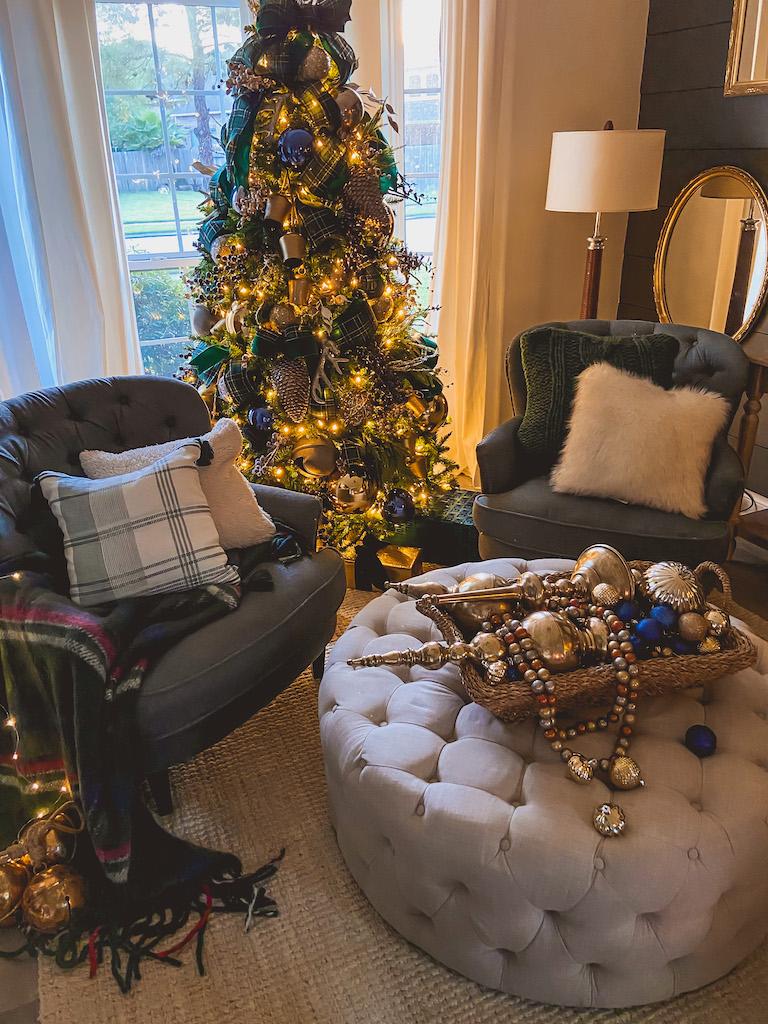 christmas tree blue and green ribbon decor