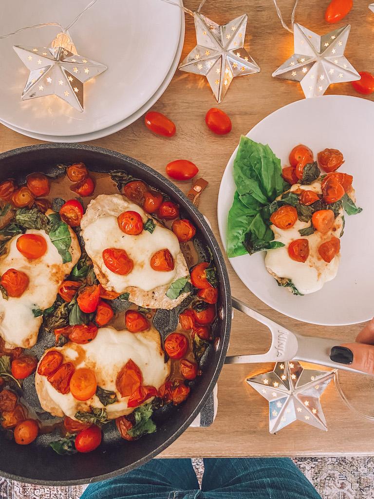 easy chicken one pan caprese