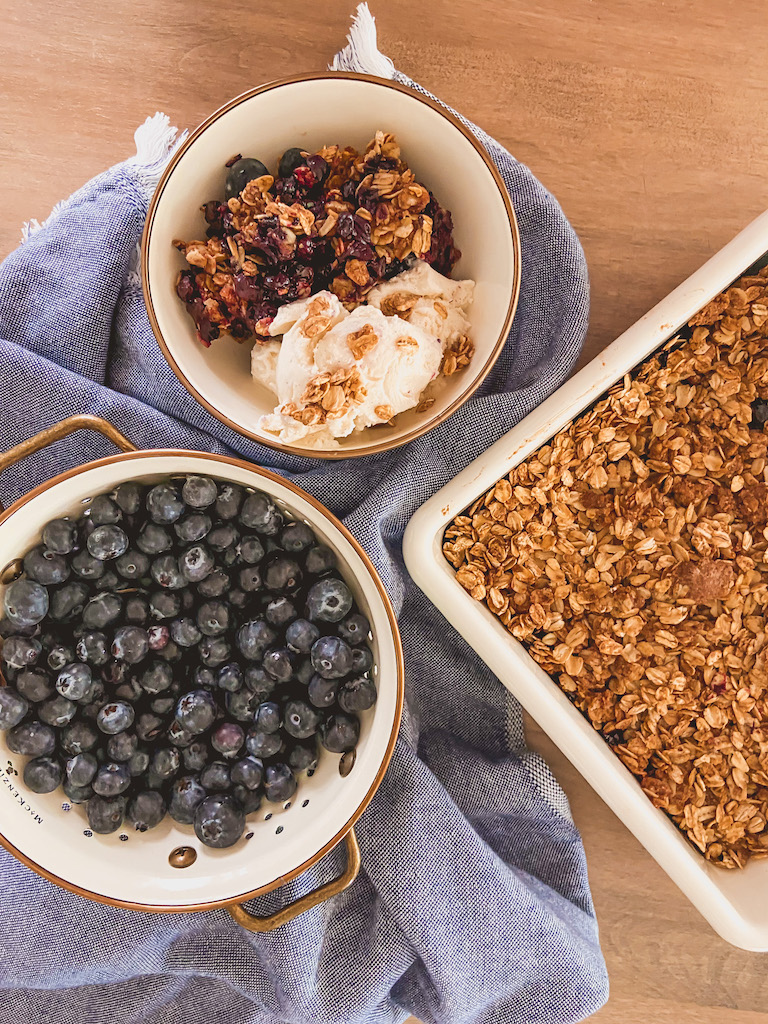 easy healthy blueberry crips